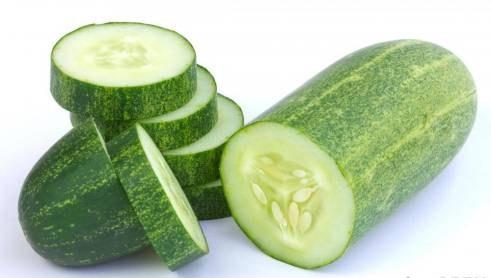 sliced-cucumberm